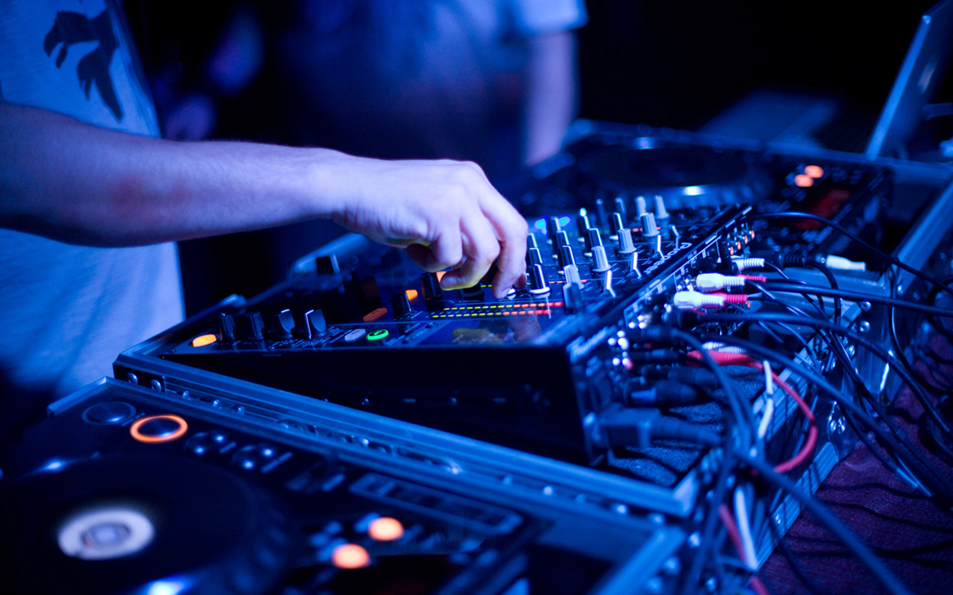 4 Things That Kill Your Chances For Music Career Success