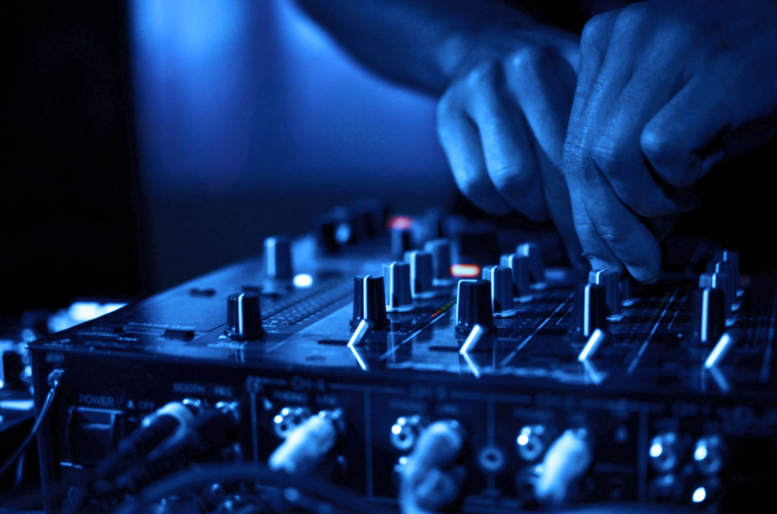 The 5 Elements Needed For Music Industry Success
